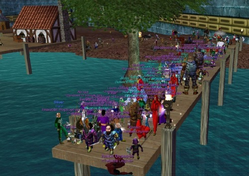 Crowd on the Kunark Dock